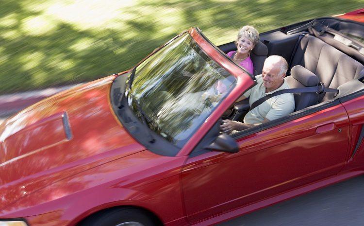 rode auto met bejaarde mensen verzekeringen in Spanje
